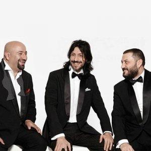 گروه موسیقی تکسیم تریو (Taksim Trio)