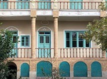 خانه موتمن الاطباء
